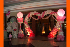 Balloon decorations service malaysia romantic excitement balloon wedding junglespirit Gallery